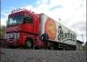 Jet zkratkou se tentokrát vyplatilo! Vyfotit se před kamiónem Pilsner Urquell, to je pro některé jedince životní úspěch... ;)