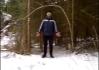 Před Zlým Pavewem se uklání les.. (dřív býval prý stromem.. pravděpodobně nějakým tvrdým dřevem..)