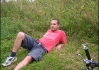 Brůdži zaslouženě odpočívá v cíli etapy v růžovém trikotu   vybojovaném v závěrečné vrchařské prémii za to, že to  neotočil a nejel zpět domů..